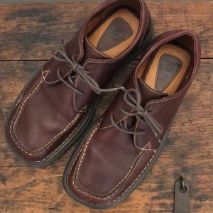 Born casual leather oxfords